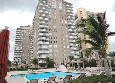 Malaga Towers Hallandale Condominiums for Sale and Rent